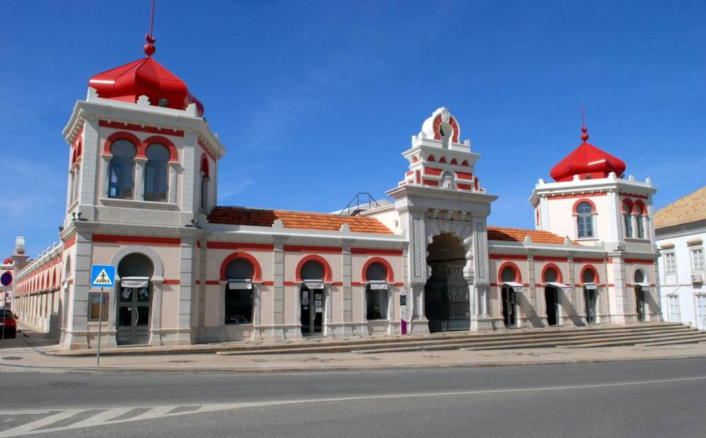 Fachada_do_Mercado_Municipal_de_Loule_-_C_M_Loule_-_Mira